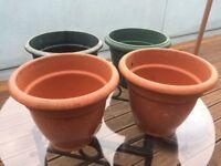 4 x Large Plastic Outdoor Planter Pots, garden, patio, terrace, allotment