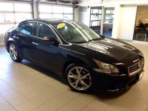 2012 Nissan Maxima SPORT/MOONROOF/19 WHEELS/BLACK ON BLACK!!