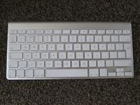 Apple Bluetooth Keyboard (A1314)