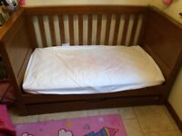 Stunning condition Mamas and Papas Oak Cot Bed including mattress (in mattress protector)