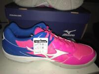 Netball/ court shoes