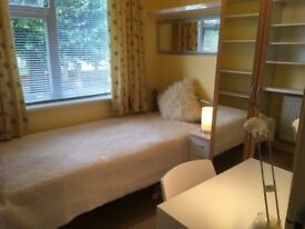 2 immaculately furnished rooms in shared student house, all bills included