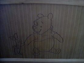 Winnie the Pooh & Piglet Cot / Cot bed