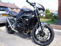 Triumph speed triple 1050 Matt Black,low miles.