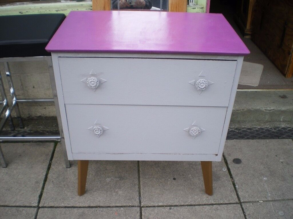 TO CLEAR-QWERKY CHEST OF DRAWERS