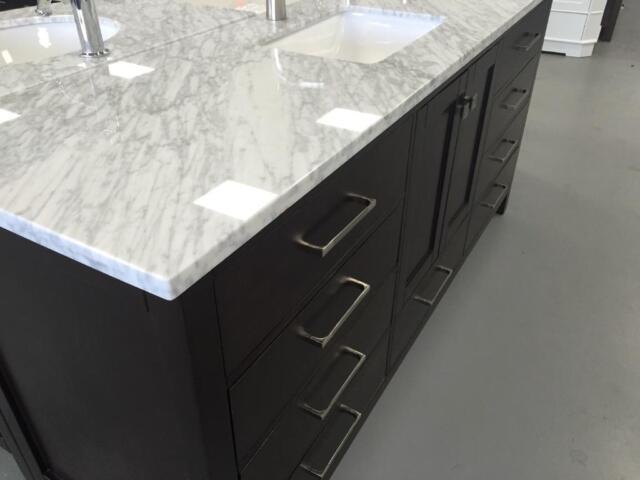 New sandy series bathroom vanities solid wood stone top 24 for Bathroom cabinets kijiji