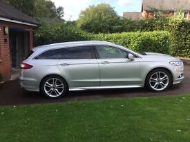 Ford Mondeo Titanium 2.0 with X Pack in metallic silver. 31881 miles.