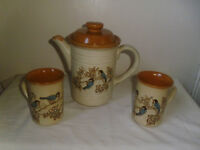 COFFEE POT & 2 MUGS BY ASHDALE POTTERY