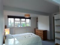 Spacious newly refurbished double room (suit couple) with bath + shower room - bills included