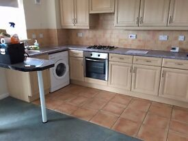 2 Bed Top Floor Flat Doncaster Lakeside