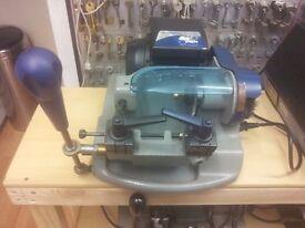 smarty 2000 ILCO ORION SMARTY KEY CUTTING MACHINE