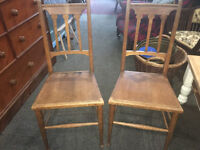 Delightful Pair of Antique Victorian Oak Bedroom Hall Side Occasional Chairs