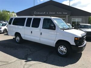 2013 Ford E-350 XL 15 PASSAGERS
