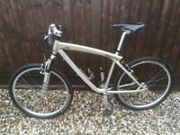 BMW Cruiser / Hybrid / Mountain Bike Bicycle - excellent condition
