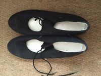 Lades tap shoes size 7 black fabric with heel taps
