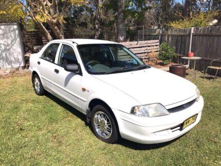 Ford laser1999