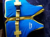 Life jacket swimming