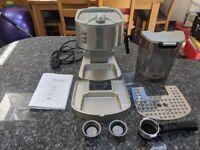 De Longhi coffee machinne, Espresso EC330S with milk frother steamer