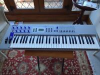 Yamaha CS-2X Keyboard
