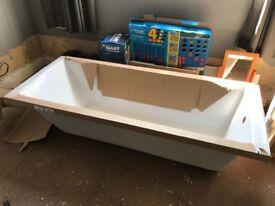 Slim line bath tub 1700x700