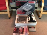 Snes Super Nintendo boxed console & donkey Kong country game
