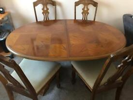 Extendible Wooden Dining Table & Chairs