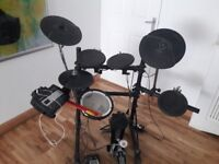 Electronic drum kit Roland TD3 . Brought for £800 . Make me an offer.