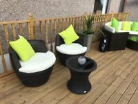Garden 2 egg rattan chairs and matching table