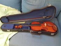 Stentor Student violin, 4/4 Full Size complete with hard case, bow