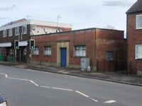 1200 SQFT BUILDING TO LET – £950 pcm - IDEAL FOR OFFICE – RETAIL - RESIDENCE – Nottingham NG3 5FS