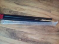 Signed two piece snooker cue with soft case brand new.