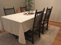 Jaycee oak dining table and 4 free chairs