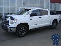 2014 Toyota Tundra SR5 Crew Max TRD Off-Road Package 17,228 KMs
