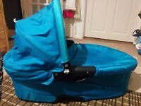 Quinny Dreaming Carrycot - Capri Teal colour