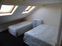LEYTON - LARGE LOFT TWIN and SPACIOUS DOUBLE ROOM IN ONE HOUSE ON CRANBOURNE RD ‼️NO FEES‼️