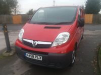 VAUXHALL VIVARO 2900 2.0 CDTI LWD (Red) Clean ready to go, drives perfect