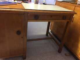 Vintage Desk - Great Condition