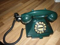 Telephone old style