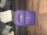 SMALL EXPANDING SUITCASE.