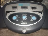PRO FITNESS ELECTRIC TREADMILL.SEE PICTURES.