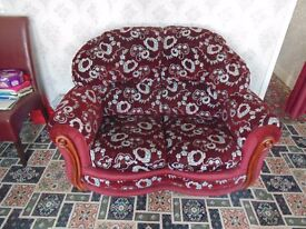 2 seater settee and 2 armchairs cottage style