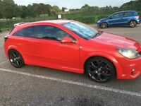 ASTRA 2.0 TURBO VXR (FLAME RED)