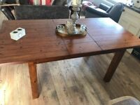 Country Style Kitchen Table.