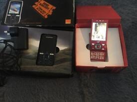 2 mobile phones Sony Ericsson
