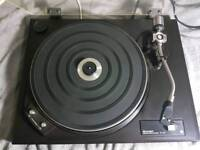 Record Player - Turntable, Amplifier and 2 Speakers