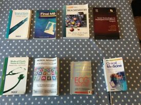 20 Medical / surgical textbooks