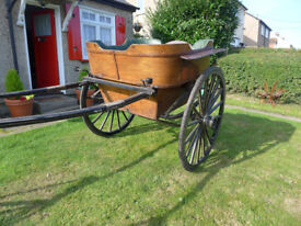 A GOVERNESS CART BELIEVED TO BE VICTORIAN