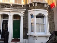 Stunning Newly Renovated 4 Bed House / Mile End, ZONE 2 / Available 18th December !!!