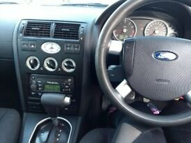 2002 Green Ford Mondeo, great gas mileage for daily local travel