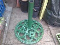 Cast Iron Parasol Holder - Green - Decorative - Garden Umbrella holder